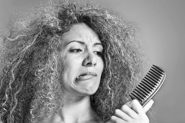 woman-with-frizzy-hair-beauty-fix 2