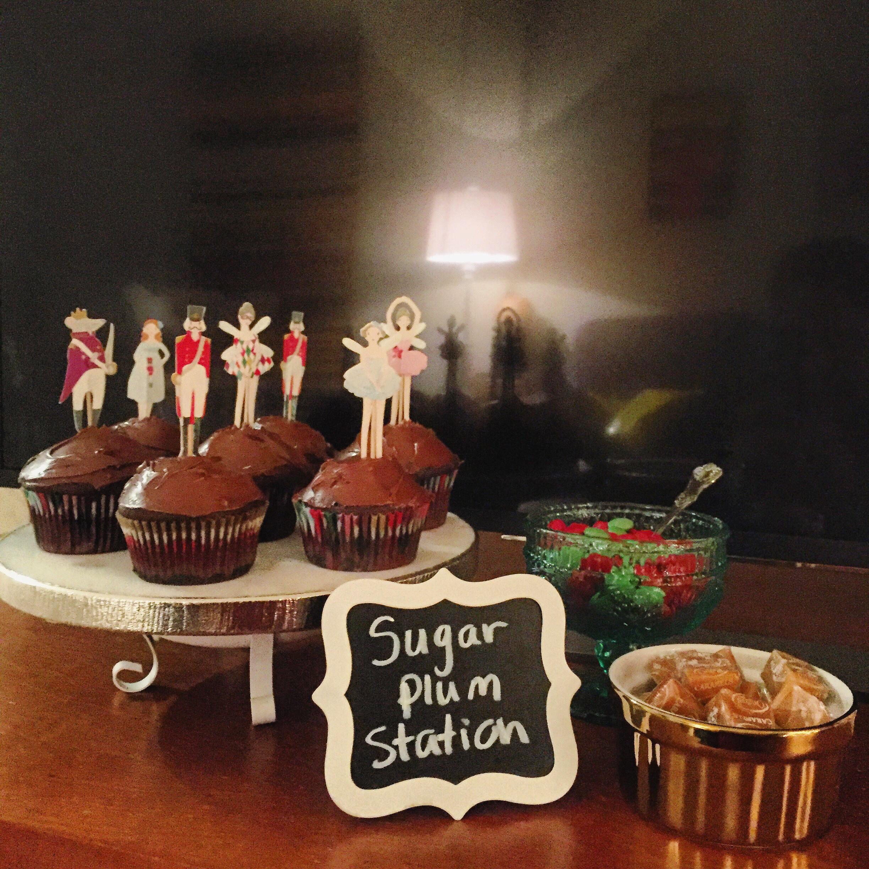 Nutcracker cupcakes